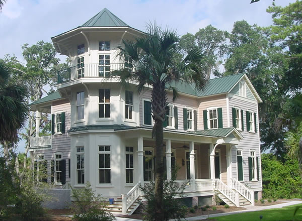 Southern House Plans For A Traditional Carolina Home: southern charm house plans