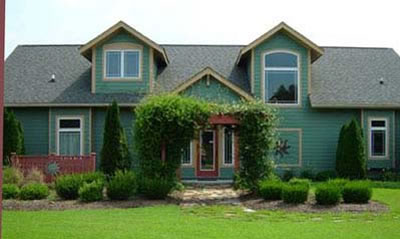 Picture 2 of Craftsman Style Farmhouse