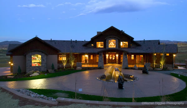 Picture 2 of Luxury Living