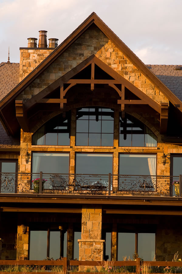 Picture 4 of Mountain Chalet