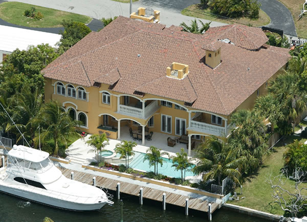 Picture 4 of Waterfront Mediterranean Manor