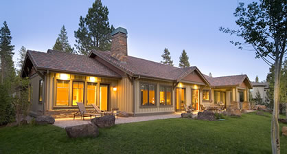 Wonderful Sunriver Contemporary Ranch Home